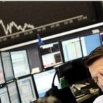 Με πτώση στη Wall Street και πιέσεις στην Ευρώπη έκλεισε η εβδομάδα