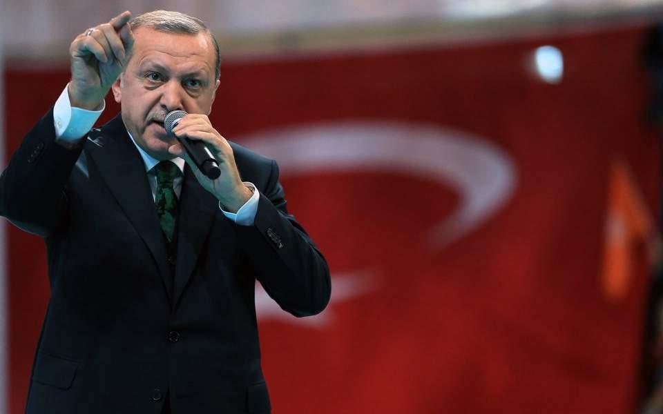 Με την επαναφορά της θανατικής ποινής...βρήκε τον τρόπο ο Ερντογάν να αδειάσει τις φυλακές