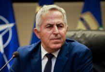 Ο υπουργός Άμυνας του ΣΥΡΙΖΑ ναύαρχος Αποστολάκης αναλαμβάνει την Πολιτικη Προστασία στην αναδομημένη κυβέρνηση Μητσοτάκη