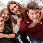 Τι θα ψηφίσουν οι νέοι 17 έως 21 ετών – Ποιες τάσεις επικρατούν στους ψηφοφόρους έως 34 ετών: Μόνο το 27,1% δηλώνει ότι θα ψηφίσει τα δύο μεγάλα κό