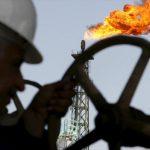 Περιορισμένο το αντίκτυπο στις τιμές του πετρελαίου παρά τις αυστηρότερες κυρώσεις των ΗΠΑ, υποστηρίζει η Goldman Sachs