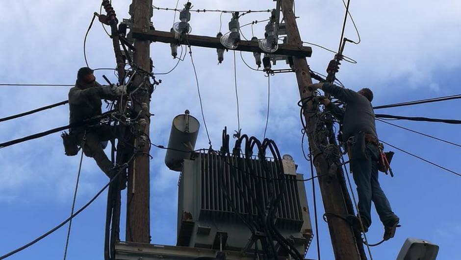 Βλάβη στο δίκτυο της ΔΕΗ – Μεγάλα προβλήματα στην ηλεκτροδότηση ...