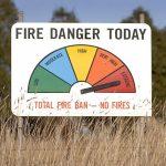 Σε κόκκινο συναγερμό αύριο η μισή Ελλάδα για τον κίνδυνο πυρκαγιάς