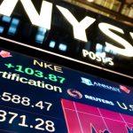 Σε εβδομαδιαία βάση ο Dow Jones έχασε 1,1%, ο Nasdaq 0,7% και ο S&P 500 0,50%