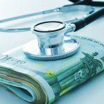 Ο ΕΦΚΑ ανοίγει «παράθυρο» παράτασης για τους οφειλέτες γιατρούς
