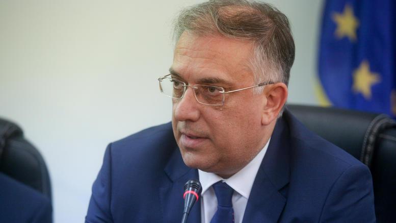 Θεοδωρικάκος: Υπέγραψε την απόφαση χρηματοδότησης με 19 εκ. ευρώ στους 12 νέους δήμους