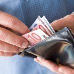 Εβδομάδα πληρωμών για συντάξεις και επιδόματα - Πότε θα πραγματοποιηθούν