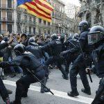 Βαρκελώνη : Συνεχίζονται οι άγριες συγκρούσεις παρά τους 182 τραυματίες - Να φύγουν οι δυνάμεις κατοχής ζητούν οι διαδηλωτές (video)