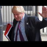 Ο Τζόνσον παίζει το παιχνίδι των αριθμών πριν τη ψηφοφορία στο κοινοβούλιο για το Brexit