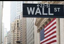 Σε επίπεδο εβδομάδας, ο Dow σημείωσε κέρδη οριακά κάτω από το 0,1%, οS&P 500 κέρδισε 0,2% ενώ οNasdaq σημείωσε άνοδο 0,8%.
