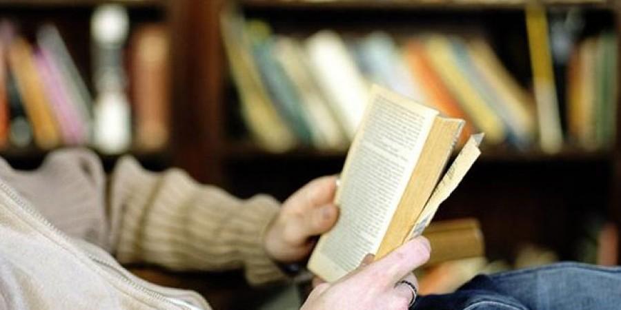 Η άνοια συνδέεται με την ικανότητα των ανθρώπων να διαβάζουν και να γράφουν