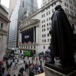 Θετικά έκλεισε η εβδομάδα για τη Wall Street – ΟNasdaqέκλεισε στο ιστορικό υψηλό επίπεδο των 10.617