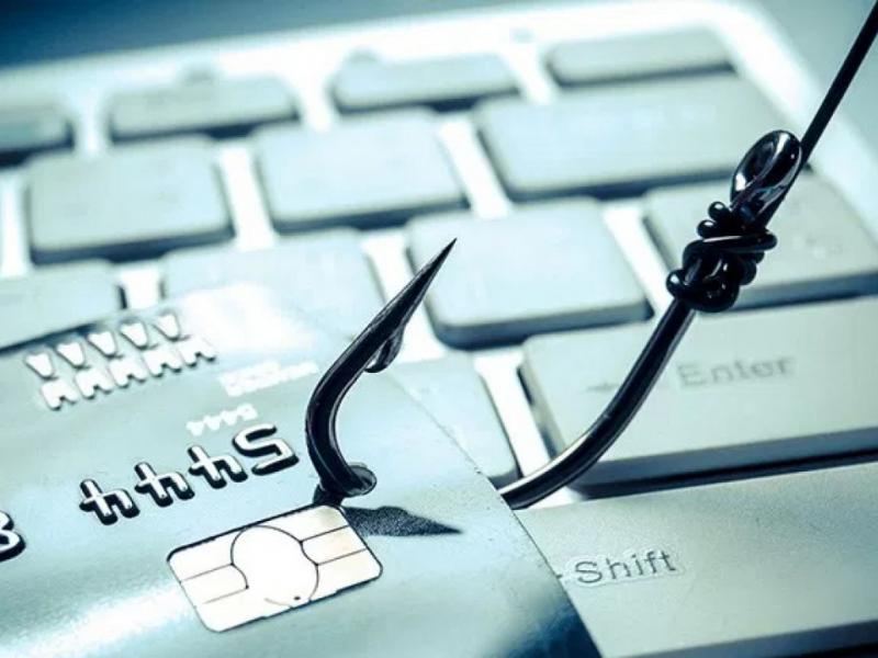 Ραγδαία αύξηση στις ηλεκτρονικές απάτες - Τι πρέπει να προσέχουν οι καταναλωτές