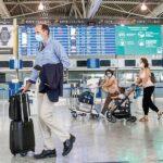 Προβληματισμός από τα πρώτα τεστ στους «κόκκινους» επιβάτες. Χθες έγιναν 4000 τεστ στα 8 από τα 27 αεροδρόμια