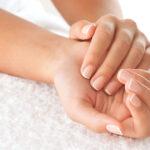 Παθήσεις που μπορεί να φανερώνουν τα χέρια μας