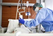 Ο αριθμός των ασθενών που νοσηλεύονται διασωληνωμένοι είναι 49