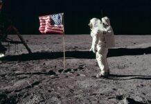 Η NASA στέλνει πάλι άνθρωπο στη Σελήνη