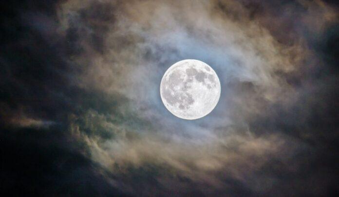 ταλάντευση σελήνης