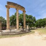ΑρχαίαΟλυμπία : Μάχη για να μην φθάσει η φωτιά στον αρχαιολογικό χώρο