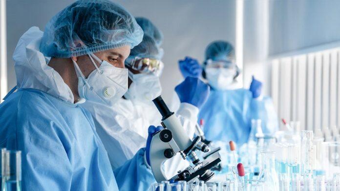 ΠΟΥ: Τα εμβόλια από μόνα τους δεν θα τερματίσουν την πανδημία