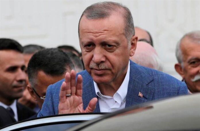 Τούρκος δημοσιογράφος:γιατί πλησιάζει το