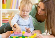 τόχο οι μητέρες να παραμείνουν ενεργές στην αγορά εργασίας μετά την απόκτηση των παιδιών τους