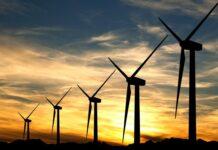 Politico : Γιατί έχουν εκτοξευθεί οι τιμές του ηλεκτρικού στην Ευρώπη
